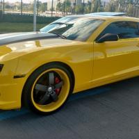 Camaro ss jaune et noir 2010