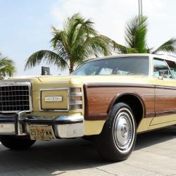 FORD LTD SQUIRE COUNTRY 1976 DISPONIBLE